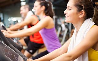 Τι δεν πρέπει να τρώτε πριν και μετά τη γυμναστική