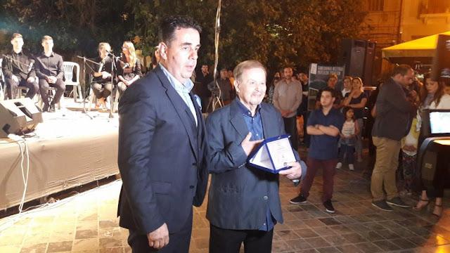 Αποθέωση Γιάννη Σπανού στο Ναύπλιο με την λήξη του 2ου Πανελλήνιου Φεστιβάλ Μουσικών Σχολείων