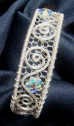 brazalete, alambre, pulsera, bisutería, manualidades, alambrismo