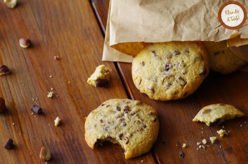 recette Cookies noisettes, pépites chocolat, cranberries