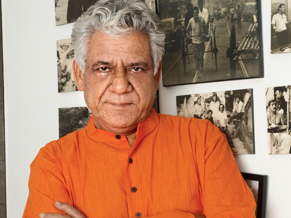 Veteran Actor Om Puri Died at 66, Funeral at 6 PM