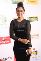 Vennela in Transparent Black Skin Tight Backless Stunning Dress at Mirchi Music Awards South 2017 ~  Exclusive Celebrities Galleries 076.JPG