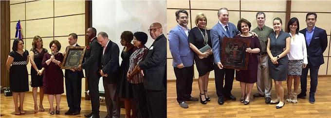 Resaltan en NY reconocimiento a Gloria Mejía de Selman por 40 años en  Maternidad La Altagracia