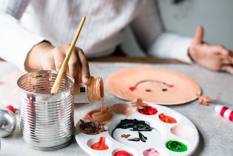 9 Summer Craft Projects to Keep Kids Busy