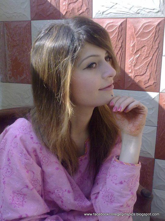 Hot Facebook Girls Profile Pictures 30 Pics - Facebook -7758