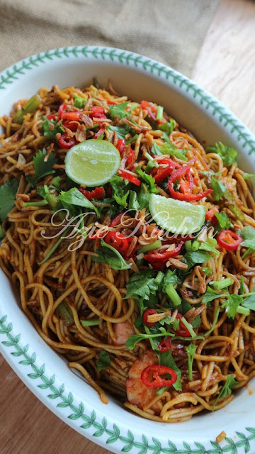 Mee Goreng Azie Kitchen