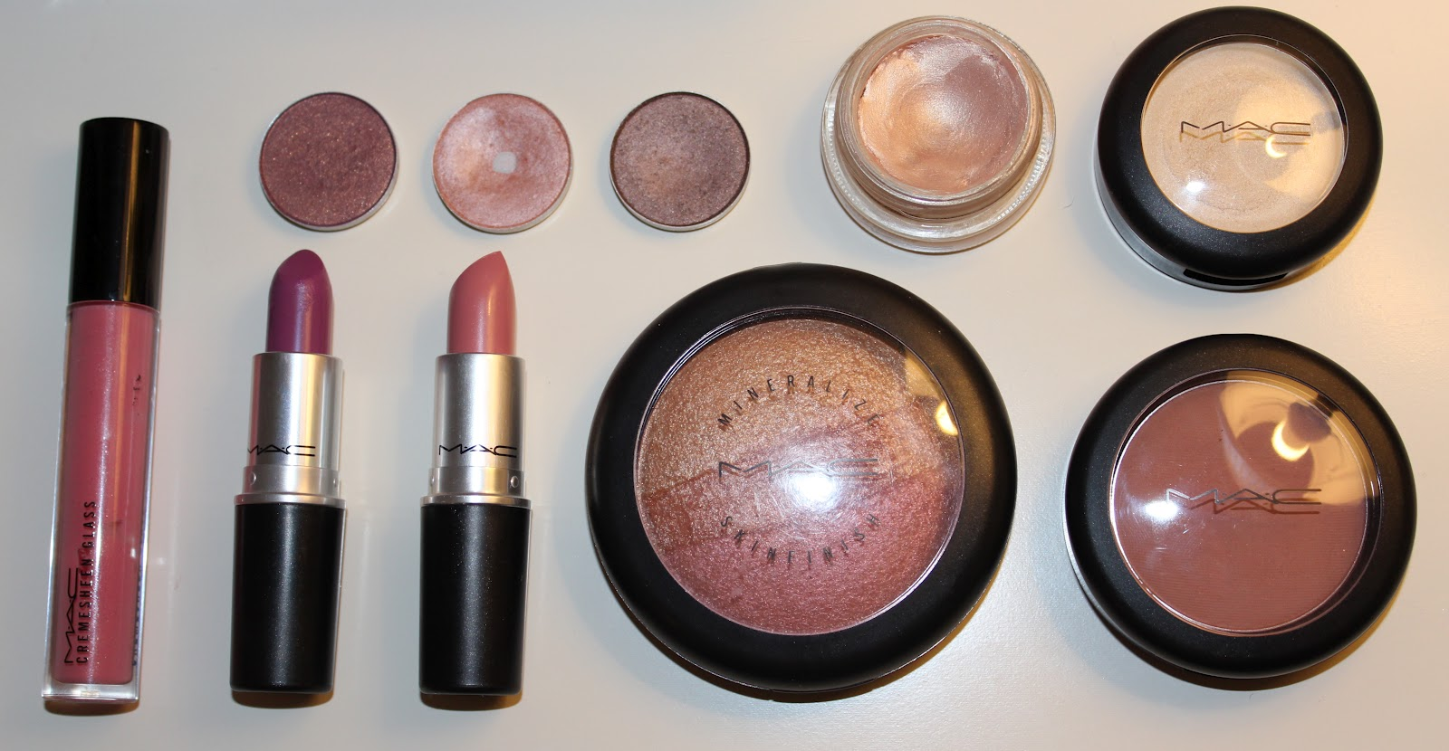 Bedwelming My Top 10 Mac Products ♥ - The Ash Edit @XQ72