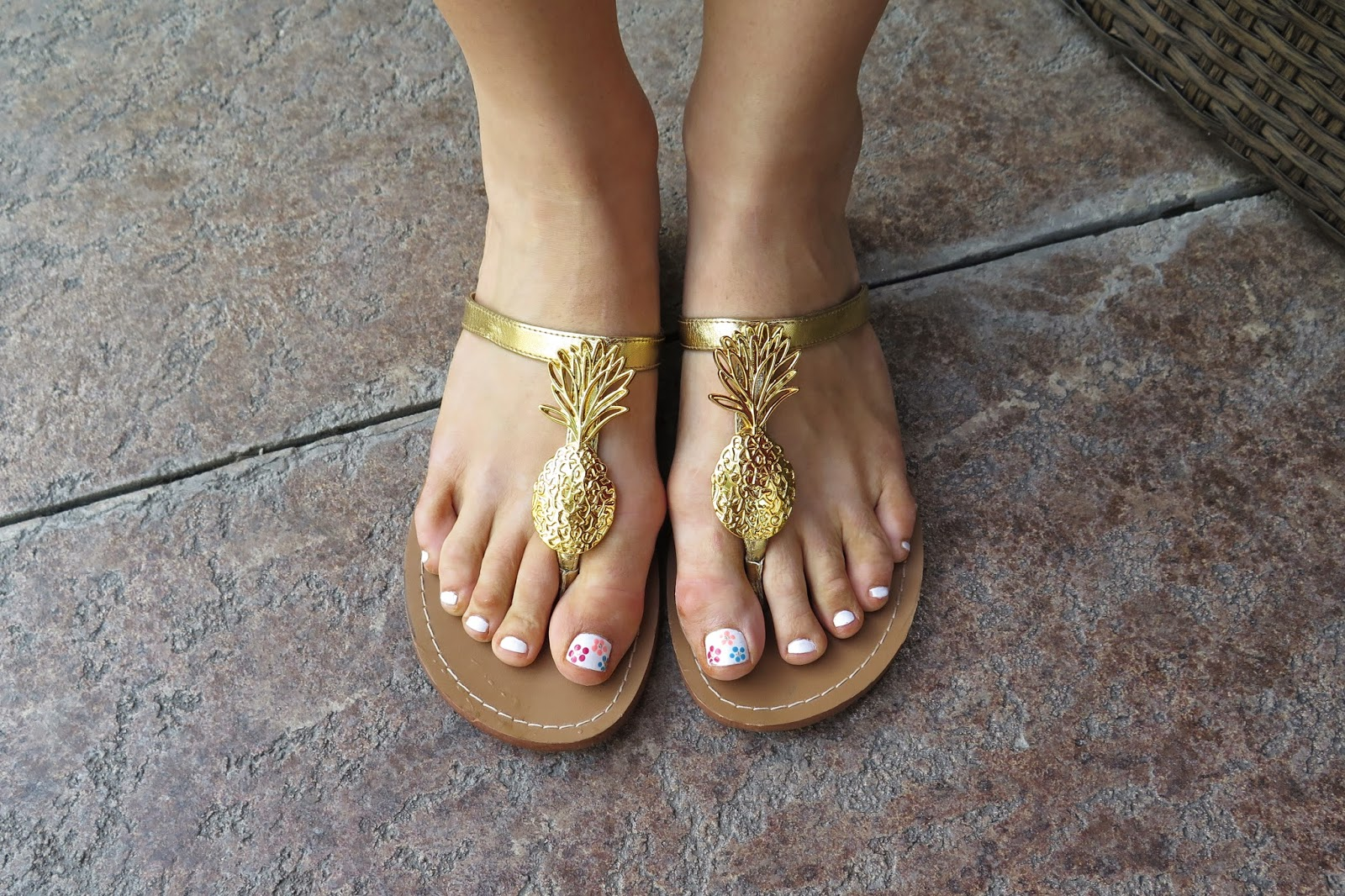 gold-sandals-cute-manicure-tropical-toenails