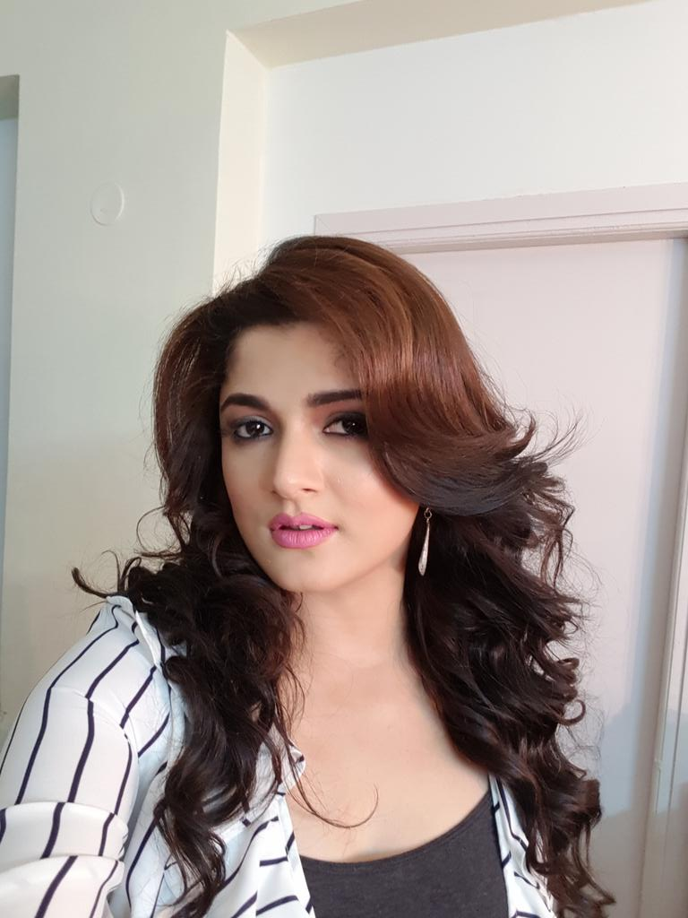 Bengali Actress Srabanti Latest Images