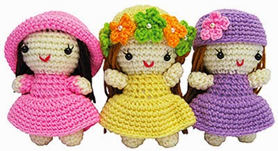 Amigurumi Doll Book : Amigurumi animal hats for american girl dolls book trailer youtube