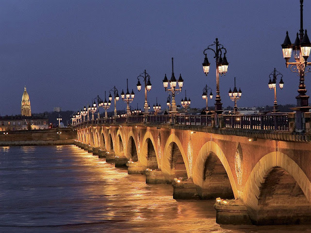 Ponte da Aquitânia em Bordéus