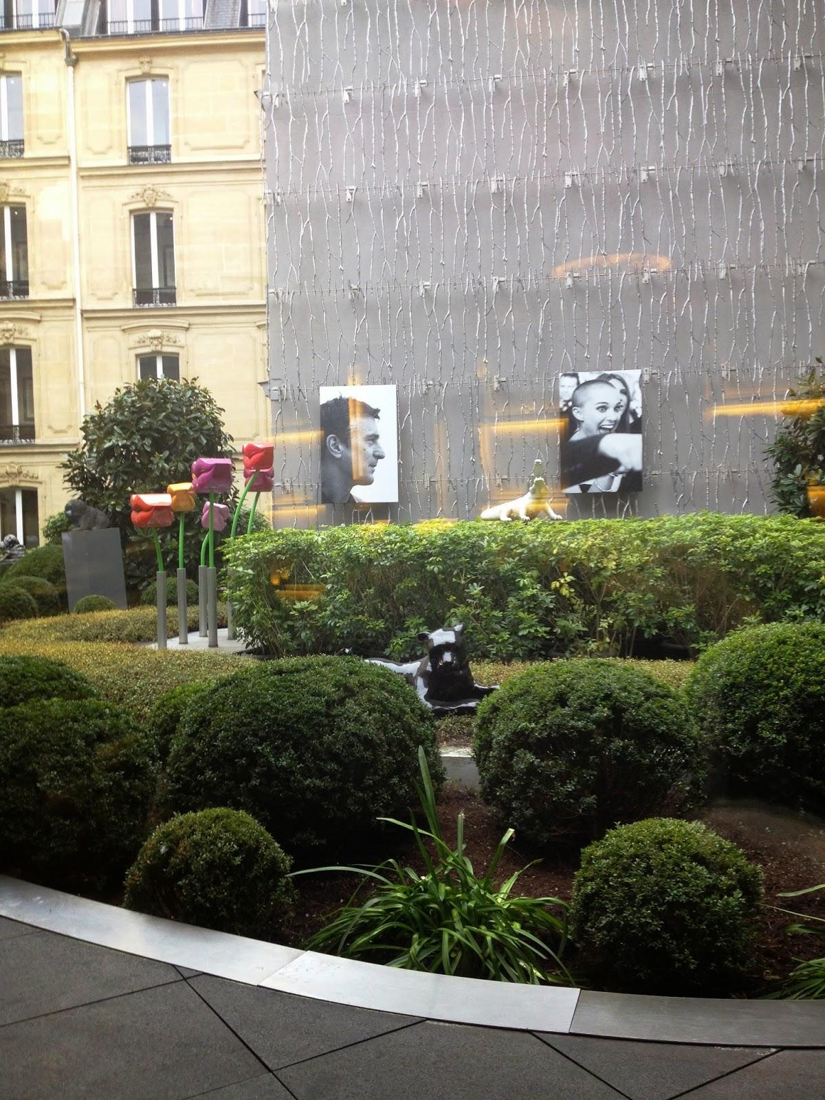 Globeshoppeuse-Galerie-Joy-Fouquets-Paris