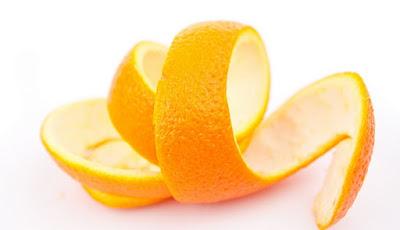 Cara menghaluskan kulit wajah secara alami dengan kulit jeruk