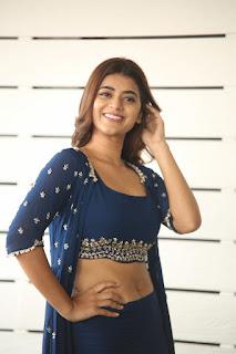 yamini bhaskar 6