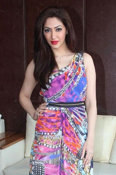 Reyhna Malhotra Hot Photos