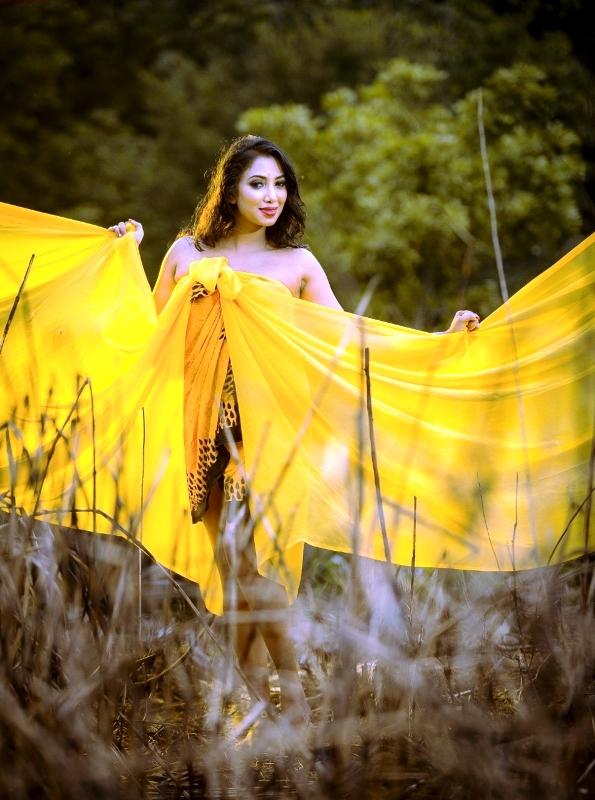 Sri Lankan Hot Models Nilwala Wishwamali Sexy Photos