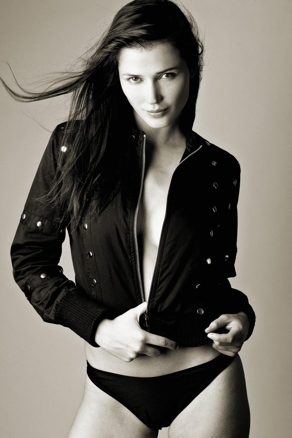 Zara Holland nudes (52 photos), Topless, Fappening, Instagram, legs 2020