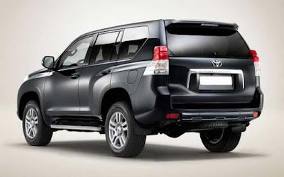 Toyota Land Cruiser Prado rear side image