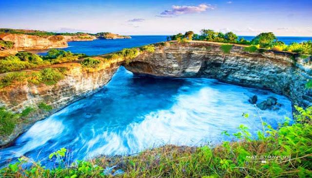 billabong beach Nusa Penida