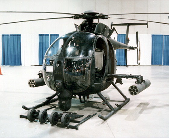 Helicóptero AH6/MH6 Little Bird