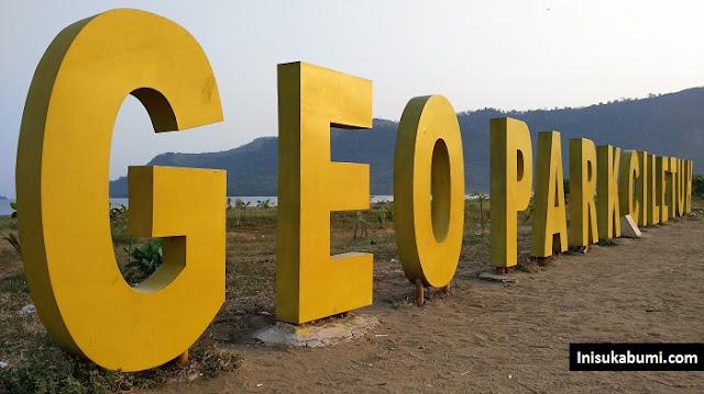 Cari Penginapan di Geopark Ciletuh? D' Leuit Exa Salah Satu Pilihannya