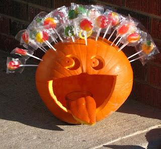Halloween-Pumpkin-Decorated-With-Lollipops-Funny-Image