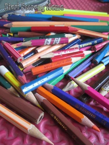 Peralatan Tulis Murah Di Mr. DIY
