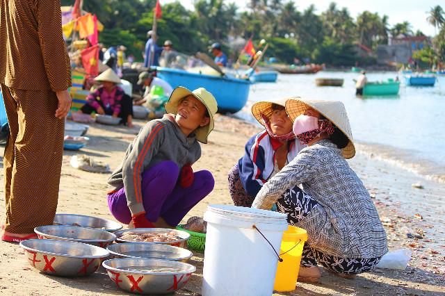 penjualan hasil laut di mui ne