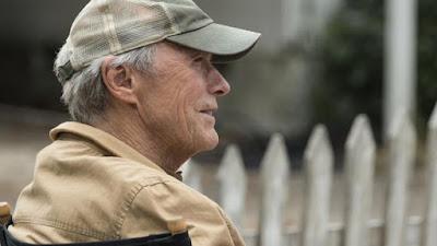 Η νέα ταινία του Κλιντ Ίστγουντ «Tο Βαποράκι» στην 1η θέση του Box Office για δεύτερη συνεχόμενη βδομάδα