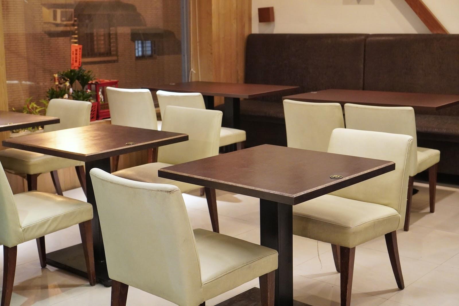 台南東區美食【大大力牛排館】二樓座位區