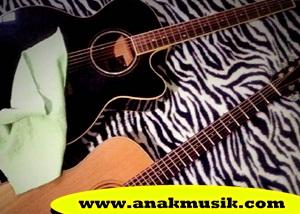 Cara Merawat Gitar Akustik Agar Suaranya Tetap Bagus dan Nyaring
