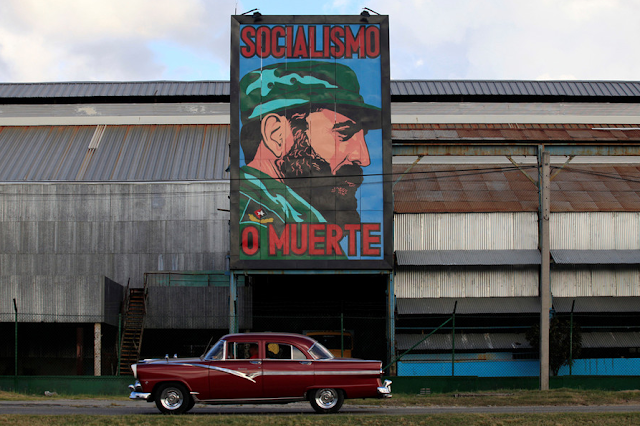 Menatap Fidel Castro Dalam Grafiti