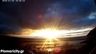 Το μαγευτικό ηλιοβασίλεμα στο Πλωμάρι σε Timelapse Video(Fast motion)