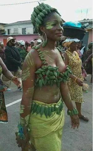 """<img src="""" Dare-to-be-different-as-this-lady-steps-out-wearing-harvested-fresh-okro-outfit .gif"""" alt="""" Dare to be different as this lady steps out wearing harvested fresh okro outfit > </p>"""
