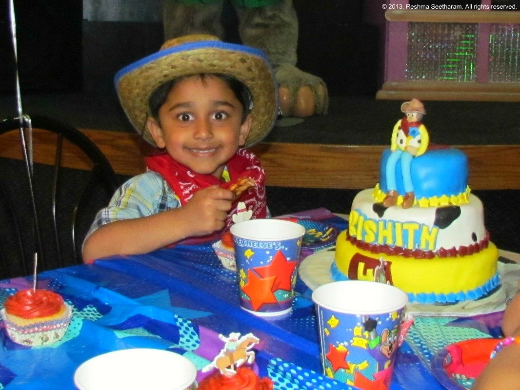 Woody Toy Story Cake And Party Favor Ideas