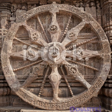 konark sun temple chariot wheel