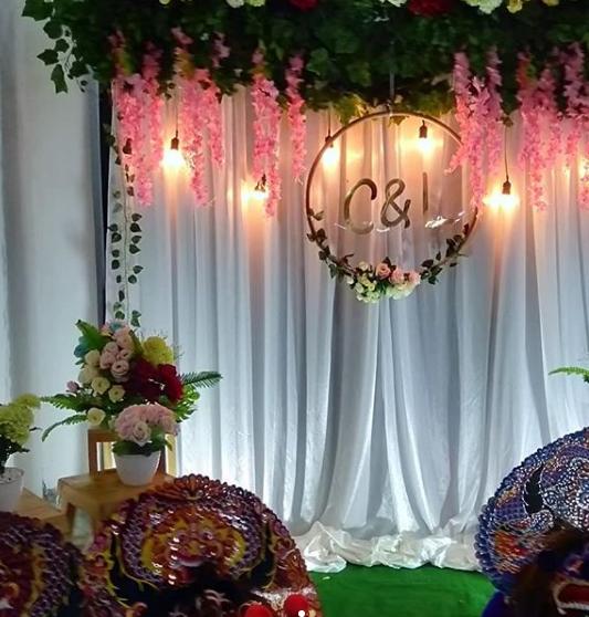 Desain Backdrop Photobooth Pernikahan