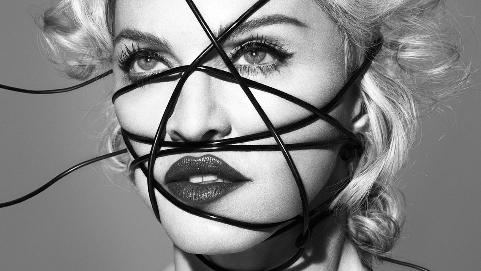 Madonna, se a senhora não lançou nada a tempo de concorrer ao Grammy, pra que passar vergonha mandando shade de graça, mulher?