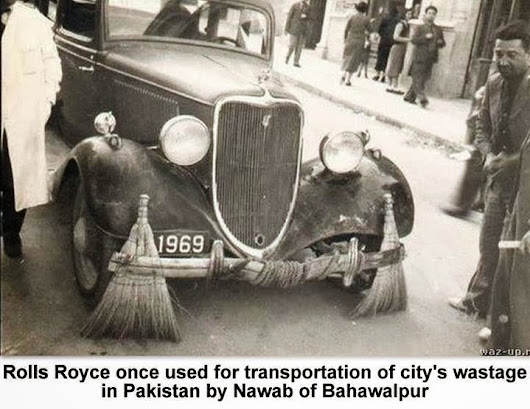 Rolls Roys once used for transportation of city's waste in Pakistan