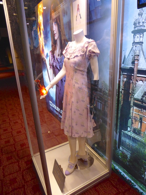 Miss Peregrines Home for Peculiar Children Olive movie costume