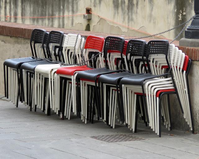 Chained chairs, Viale Caprera, Livorno
