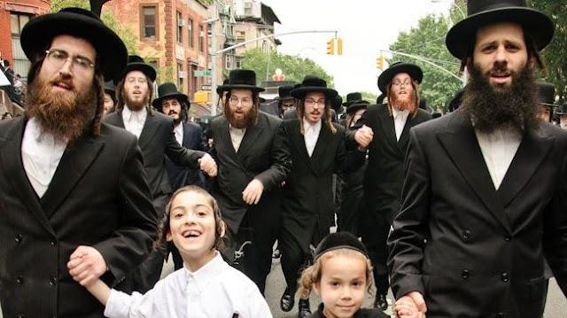 Topi Yahudi - Sejarah Evolusi