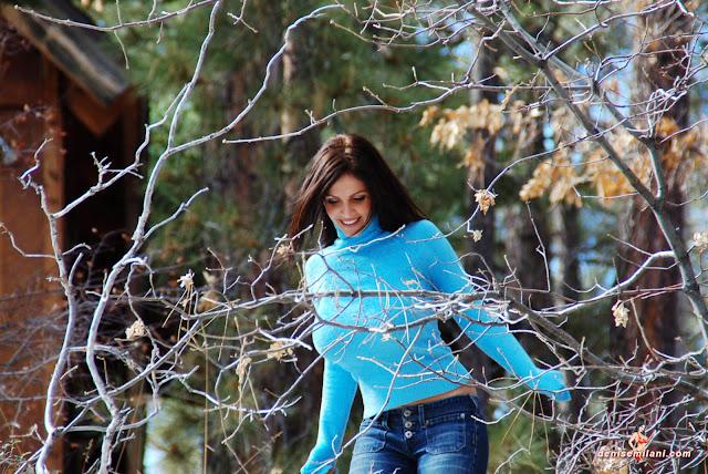 Gorgeous-Denise-Milani-Internet-Model-Big-Bear-Photoshoot-Picture-HD-3