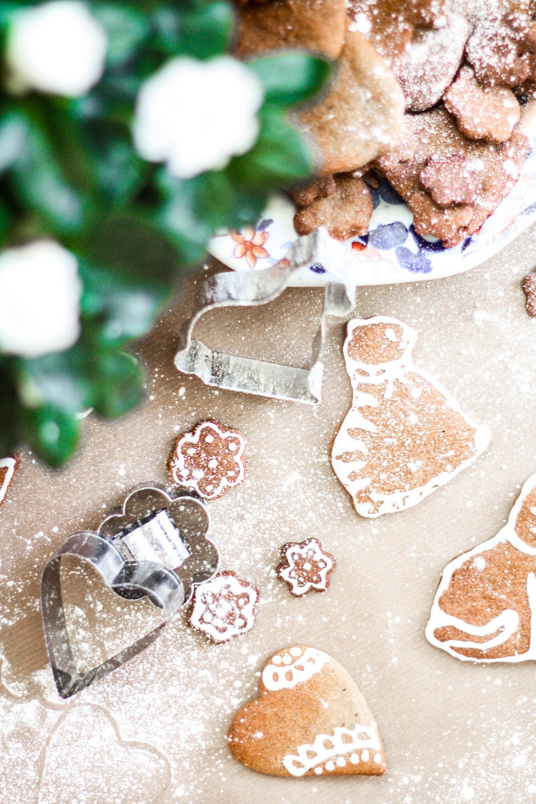 ... blog based in Birmingham: Gingerbread cookies with royal icing