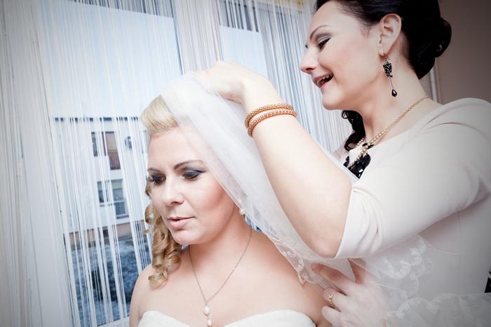 welon, panna młoda, ślub, weeding, świadkowa, zima, grudzień, makijaż,