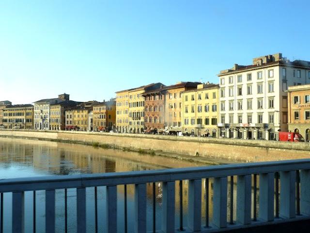 LAM Rossa a Pisa centro