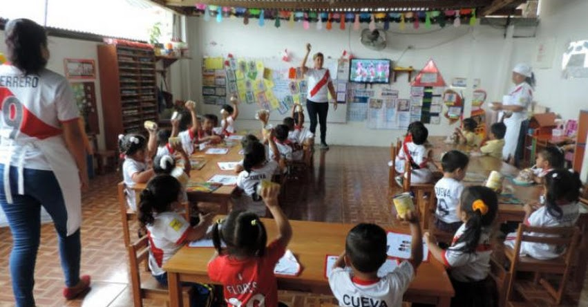 QALI WARMA: Programa social promueve valor de superación y grandeza a través del mundial de fútbol y la buena alimentación escolar de MIDIS Qali Warma - Tumbes - www.qaliwarma.gob.pe