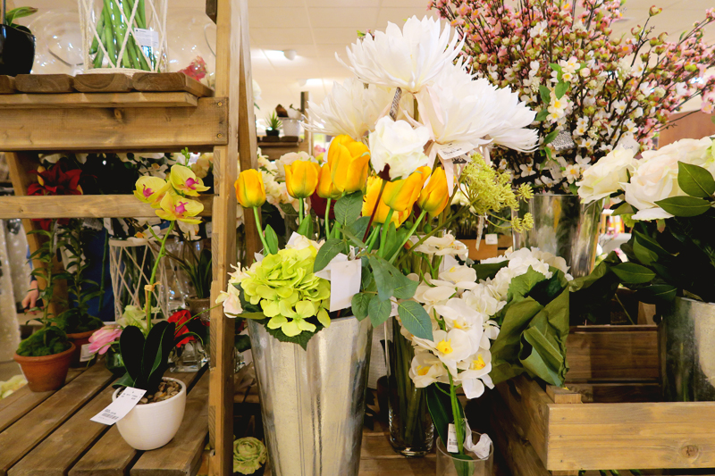 HomeSense Faux flowers