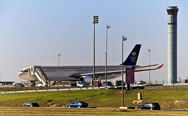 Apakah Transit di Arab Saudi Butuh Visa?