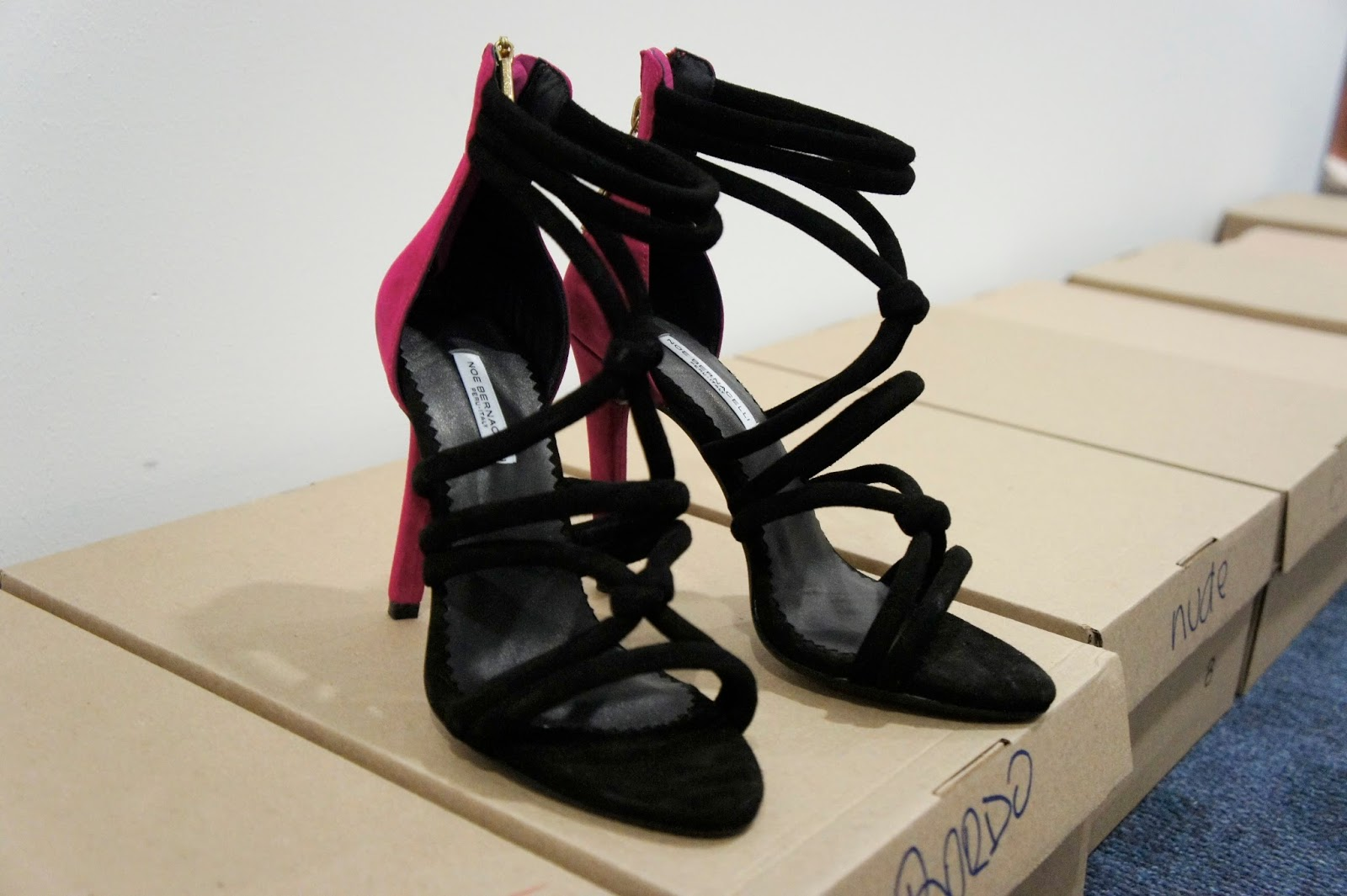 Noe Bernacelli - 727 Collection - Backstage - zapatos